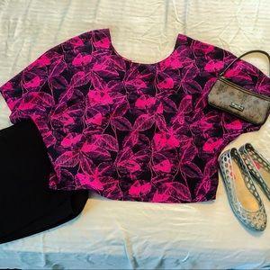 NWOT Collective Concepts pink floral blouse s. L